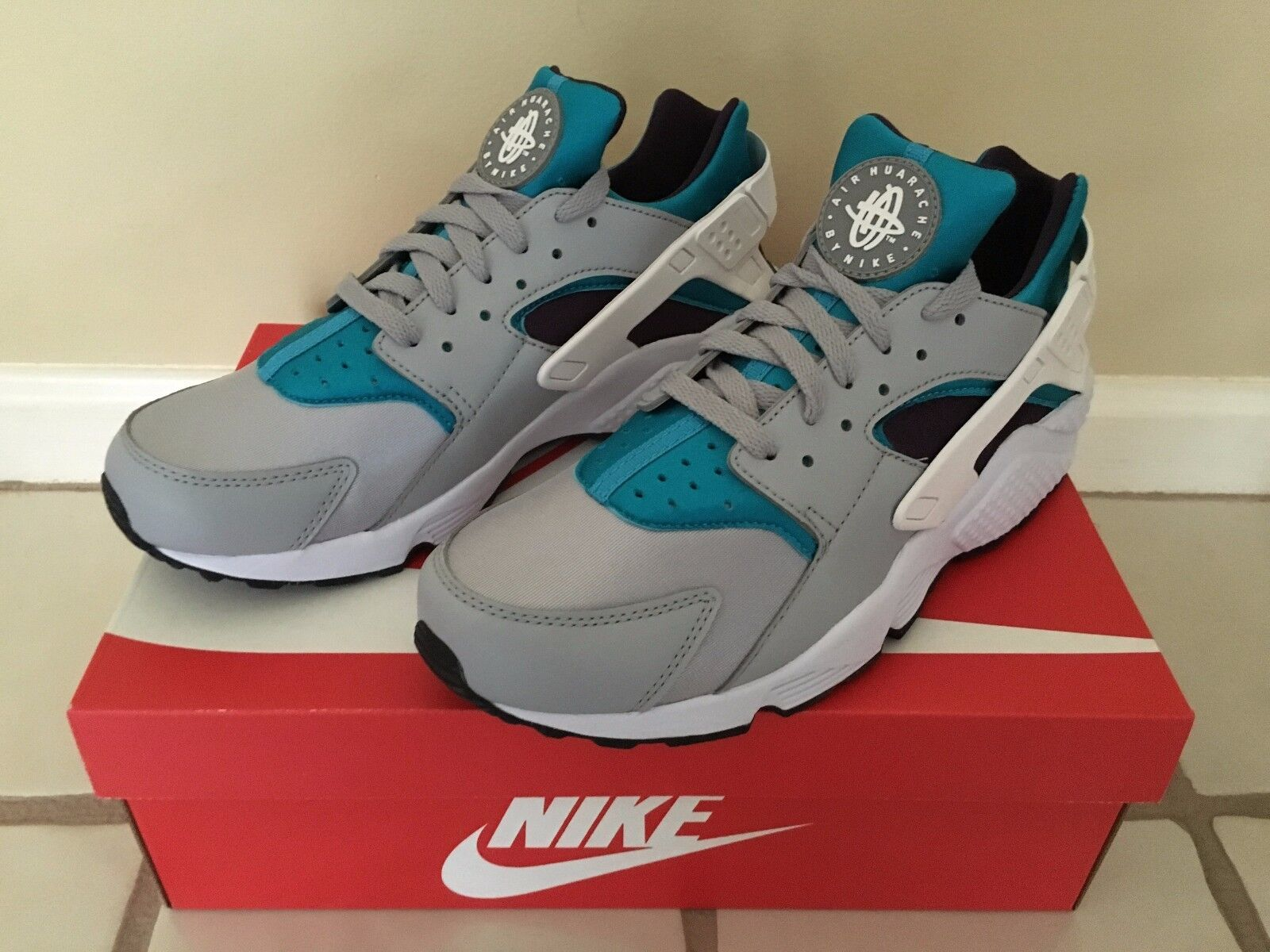 NIKE AIR HUARACHE SNEAKERS SIZE 11 318429024 BRAND NEW BEST OFFER!
