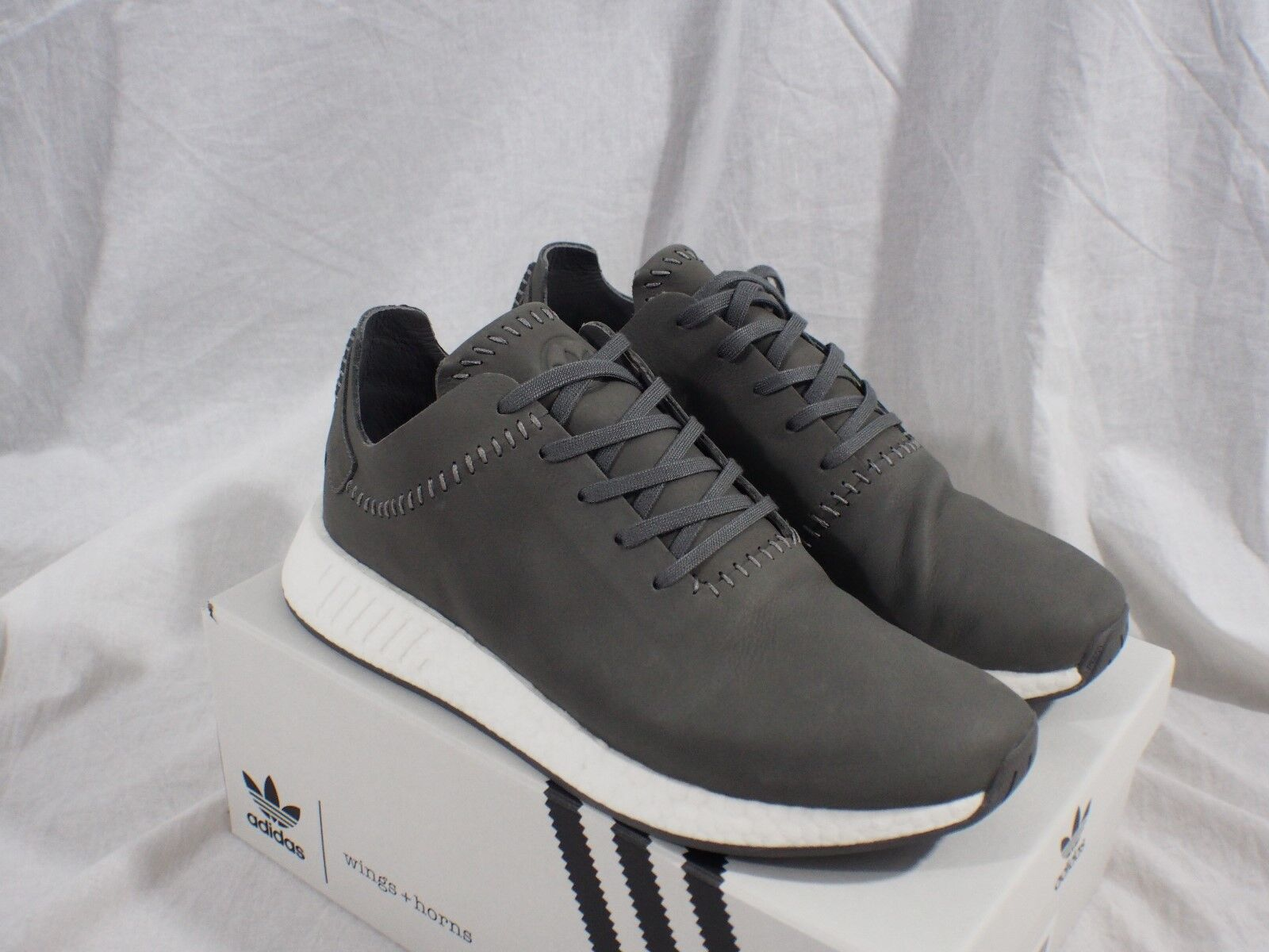 Adidas NMD R2 Wings + Horns BB3117 Ash Leather Men's size 10.5 US