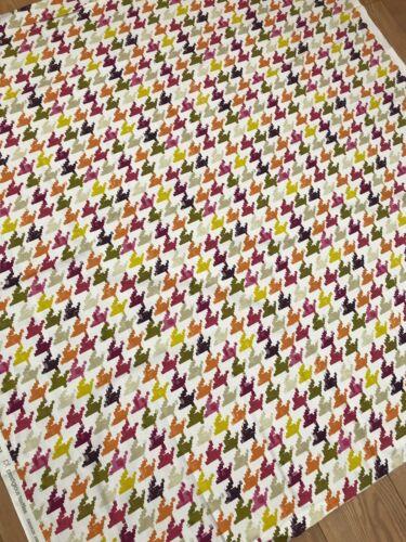 Prestigious Textiles Nevada Tobasco Cotton Fabric per metre