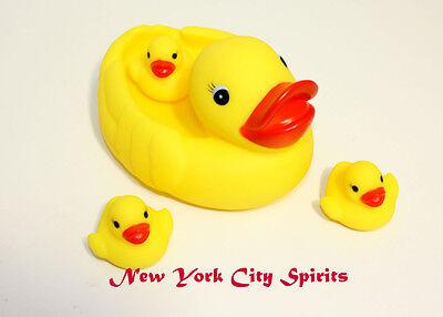 Bath Time Duck /'Family/' 4pc Set Bath Toy Water Play Fun Kids