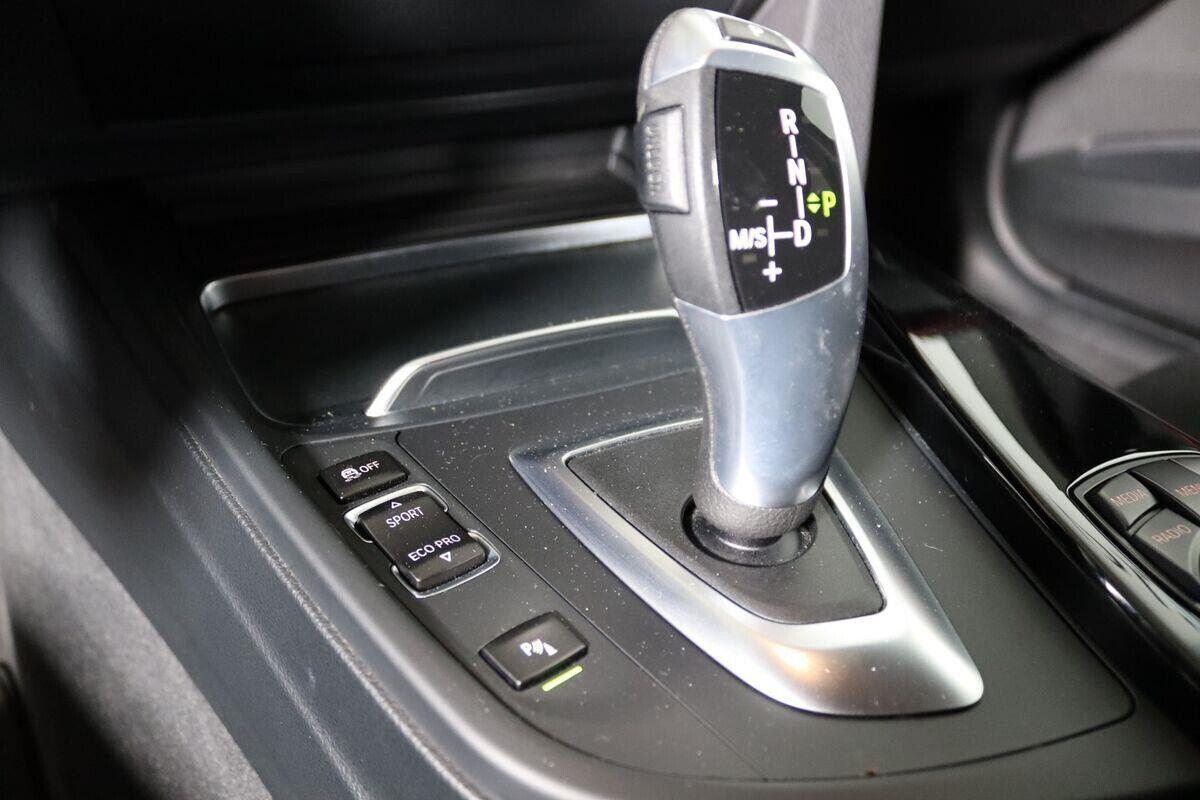 BMW 320d 2,0 Touring Sport Line aut. - billede 11