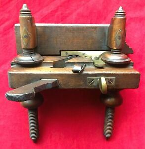 Antique-1800s-Varvill-amp-Sons-Wooden-Screw-Stem-Plough-Plane-Woodworking-Tool