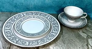 IMPERIAL-CHINA-BY-W-DALTON-5671-Whitney-4-Piece-Place-Setting-SET-NEW-MINT