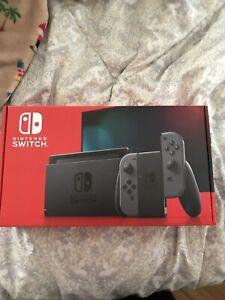 Nintendo-Switch-HAC-001-01-32GB-Console-with-Gray-Joy-Con-Brand-New