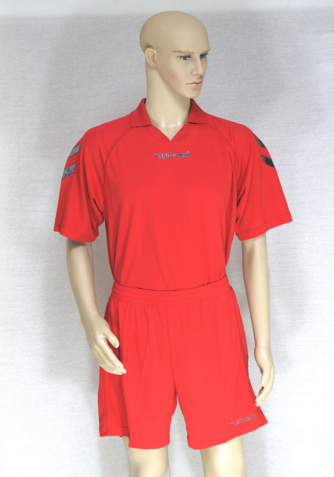 Hummel Set de Camisetas Fútbol 14-teilig - Pantalones Punto Medias Deporte -100%