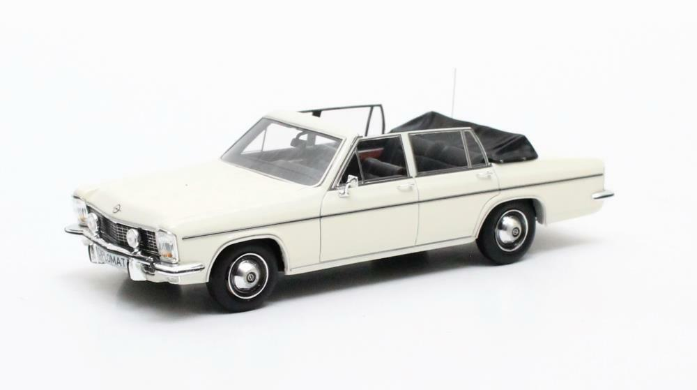 Opel Fissore Diplomat 5.4 Congreenible  White  1971 (Matrix 1 43   MX11502-011)