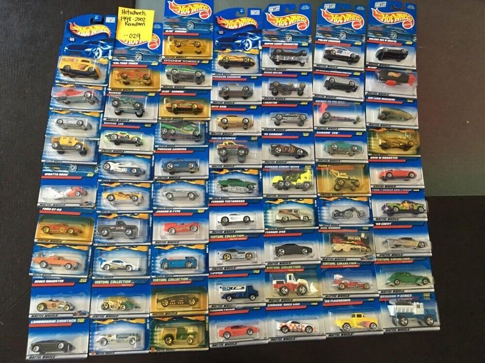 Hot Wheels 1998-2002 Random no double Lot de 65 voitures -- 029