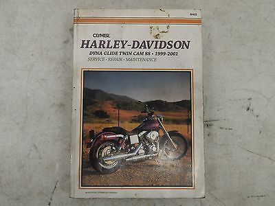 1999-2005 Harley Davidson Dyna Glide Twin Cam Clymer Motorcycle Repair Manual...
