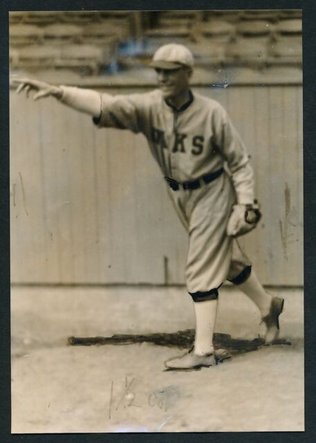 1919 HERB BRENTON Oakland Oaks Vintage Baseball Photo