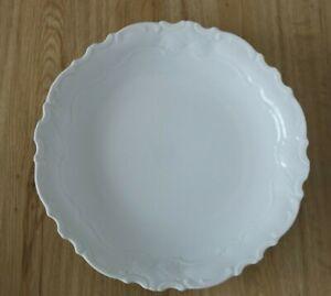 Porzellan-Gebaeck-Schale-Teller-Rocaillen-wohl-Barockform-wiess-27-cm-WS2