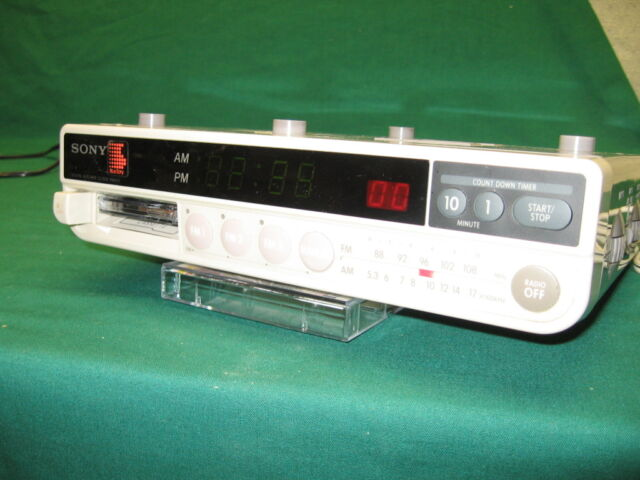Attractive Sony ICF C560L 3 Band Kitchen Radio AM FM Cassette Player Guaranteed Item