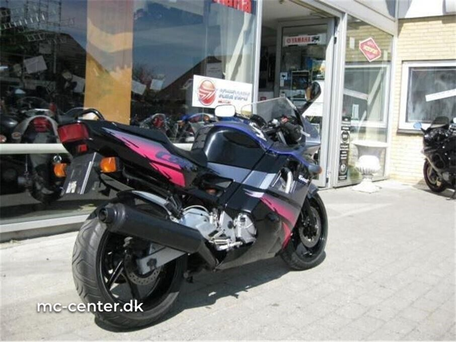 Honda, CBR 600 F, ccm 600