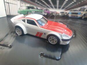 Hot-Wheels-Fairlady-Z-Nissan-garaje-Premium-Exclusivo