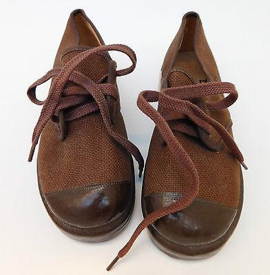 Vintage Dunlop BUNJEE shoes UNUSED 1950s childrens Size 10 school PE sports kit