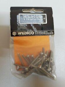 Wedico-503-20-Edelstahl-Schrauben-M-3x20-mit-Muttern-und-U-Scheiben