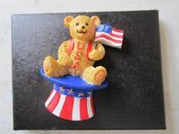 Mint Avon 1999 Usa Resin Bear In Hat Pin Brooch On Original Card Patriotic