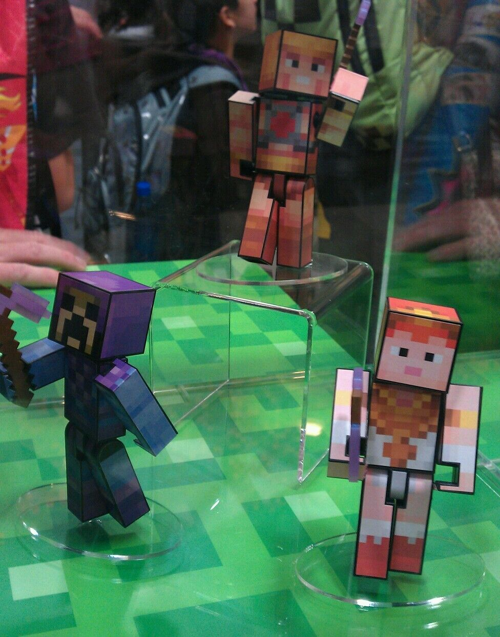 SDCC 2016 Minecraft MOTU Masters of the Universe He-Man Teela Skeletor Exclusive