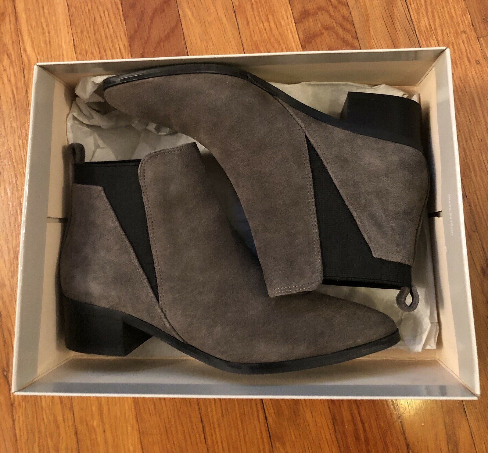 MARC FISHER Women's 'IGNITE' Grey LEATHER POINTED TOE ANKLE  BOOTS - Sz 6.5
