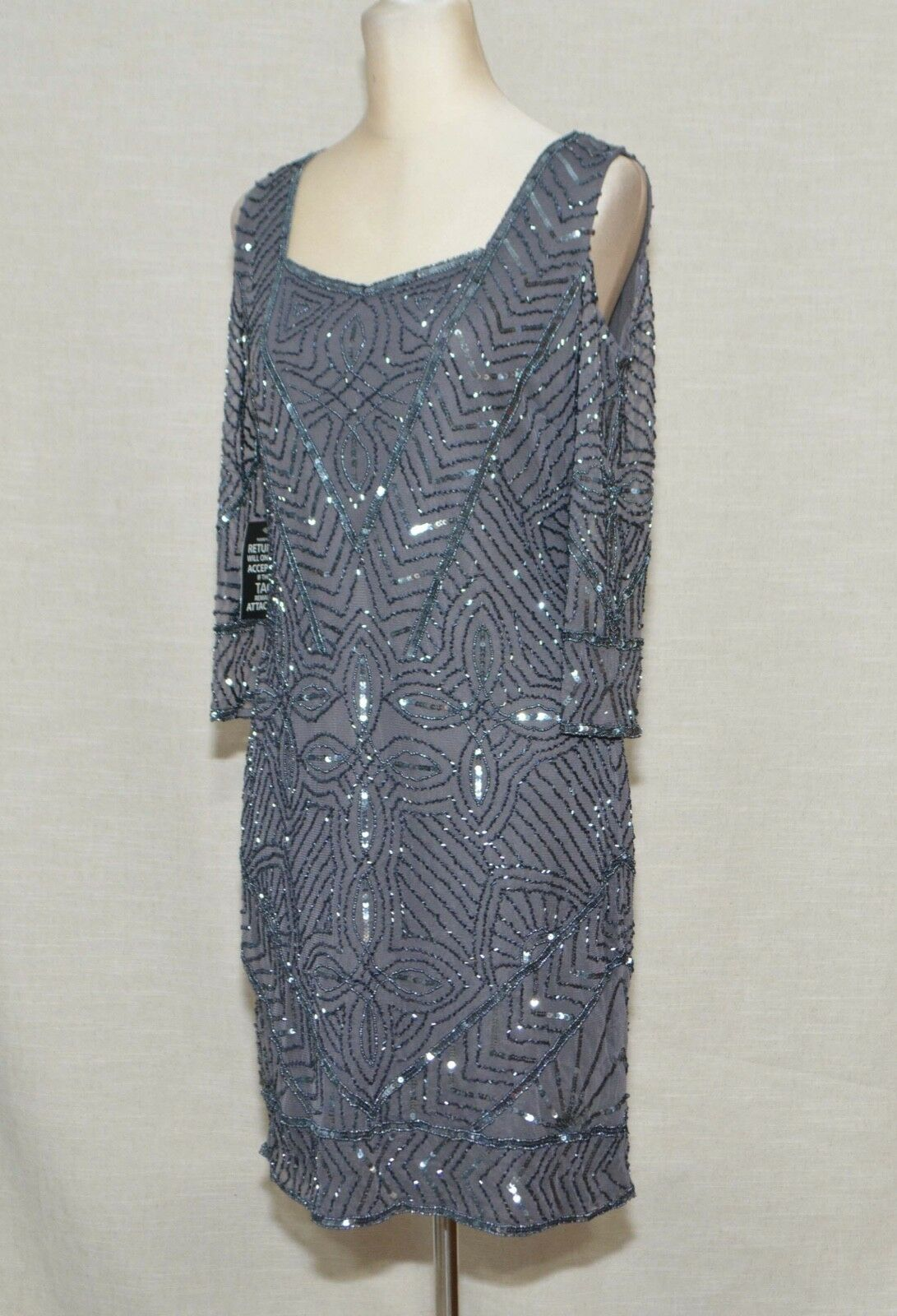 NWT ModCloth Beaded Shift Dress Sz 6 Resplendent Reveries Reveries Reveries Grey Cold Shoulder Rtr 17ab25