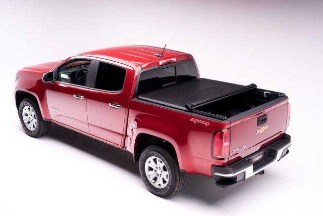 Tonneau Cover Truxedo TruXport 256001 2016 to 2018 Toyota Tacoma 5'