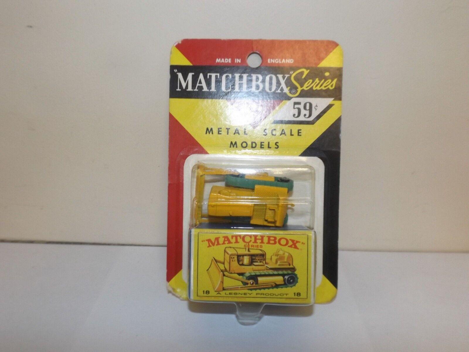 MATCHBOX Reg. Roue NO.18D CATERPILLAR D8 BULLDOZER en 1964 Blister