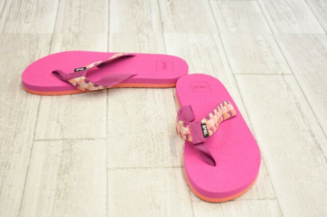 6f0d35dfc4a Teva Mush II 4198 Companera Pink Womens Thong Size 6m for sale ...