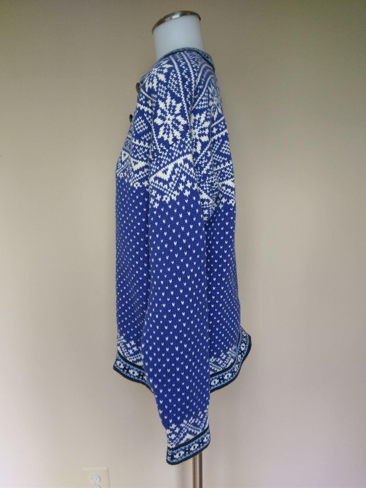 L.L. Bean bluee bluee bluee White Nordic Fair Isle Snowflake Cotton Knit Sweater Medium LL 2b3461