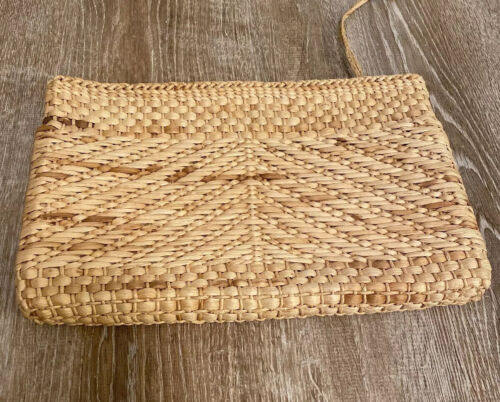 Vintage Woven Blonde Wicker Rattan Clutch Bag Zipp