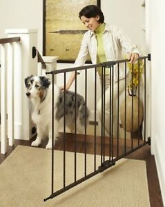 North States Easy Swing And Lock Stairway Stairs Pet Dog Child Gate