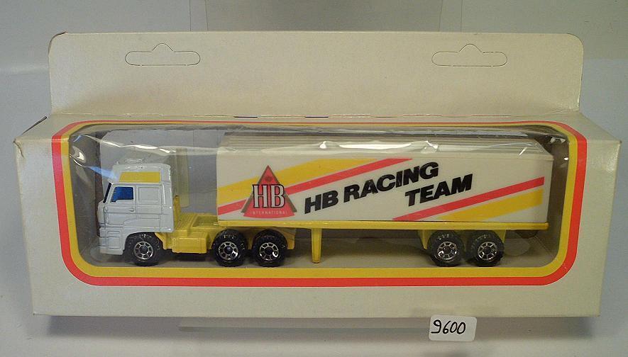 MATCHBOX 1 87 DAF SEMI-REMORQUE HB Racing équipe O-Box  9600