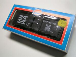 Model Power HO  40' Box Car,  New Haven RR