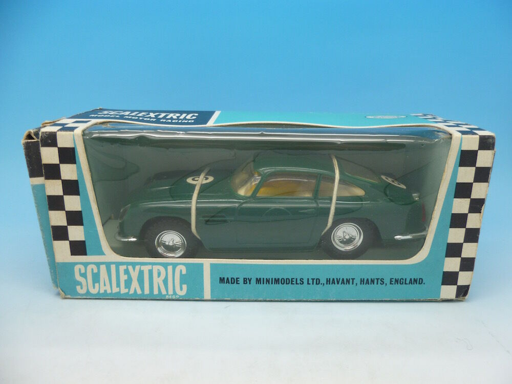 C68 Scalextric Aston Martin GT in green mint boxed