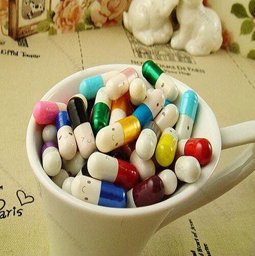 Message in a Bottle Message Capsule Letter Cute Love Half Color Pill 50Pcs
