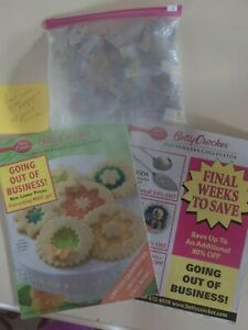 Betty-Crocker-Retro-Two-Houseware-Collection-Catalogs-amp-Bag-of-Point-Coupons