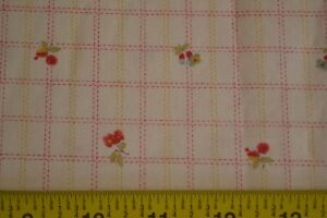 By-1-2-Yd-Red-Green-Cream-Quilting-Cotton-Moda-3-Sisters-Oasis-4046-11-M8475