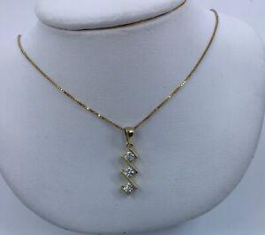 18k-yellow-gold-3-stone-diamond-pendant-necklace