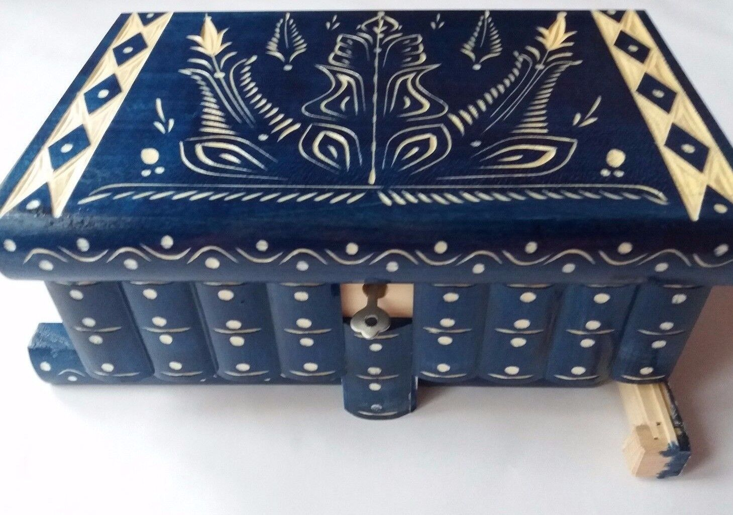 Huge puzzle jewelry magic box bluee new big wooden case treasure brain teaser