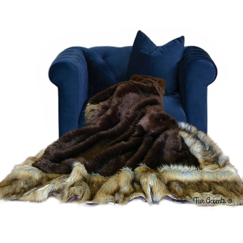 Throw Blanket, braun Bear, Coyote, Wolf, Border, Minky Cuddle Lining, Hand Made