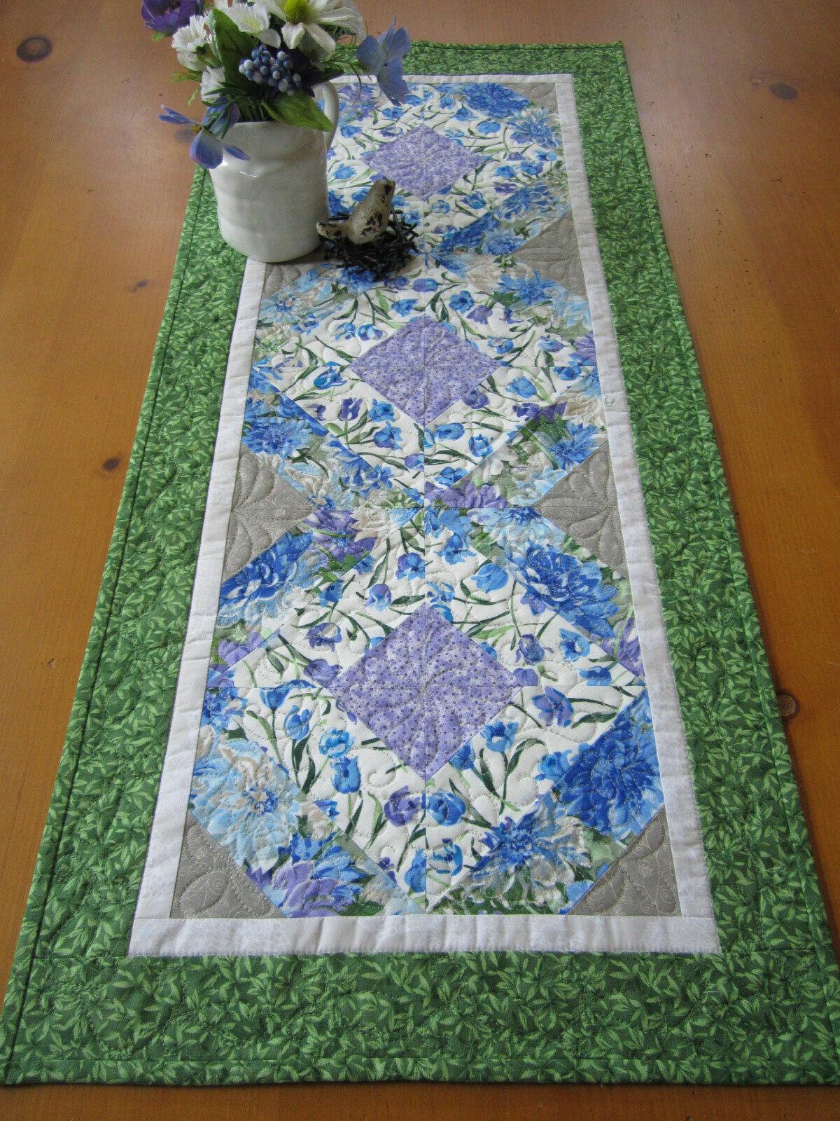 Spring Table Runner Floral Handmade Matelassé Coton Runner Paques