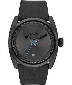 NWT-Nixon-Kingpin-Leather-Black-Mens-aa200