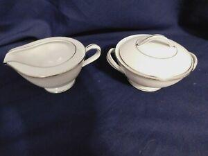 G2-Noritake-Fine-China-Buckingham-Creamer-and-Covered-Sugar-Bowl