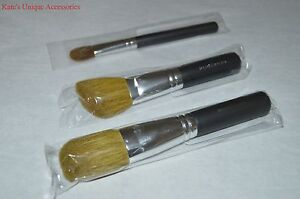 Bare-Minerals-Light-Stroke-Angled-Face-amp-Full-Flawless-Face-Brush-CHOOSE-ONE