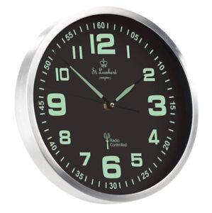 Horloge-murale-radio-pilotee-phosphorescente-a-quartz-ST-LEONHARD