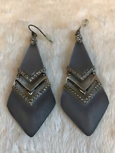 HUGE-Alexis-Bittar-BLUE-Lucite-Silver-Earrings-CREAM-BACKS-WIRES-3-034