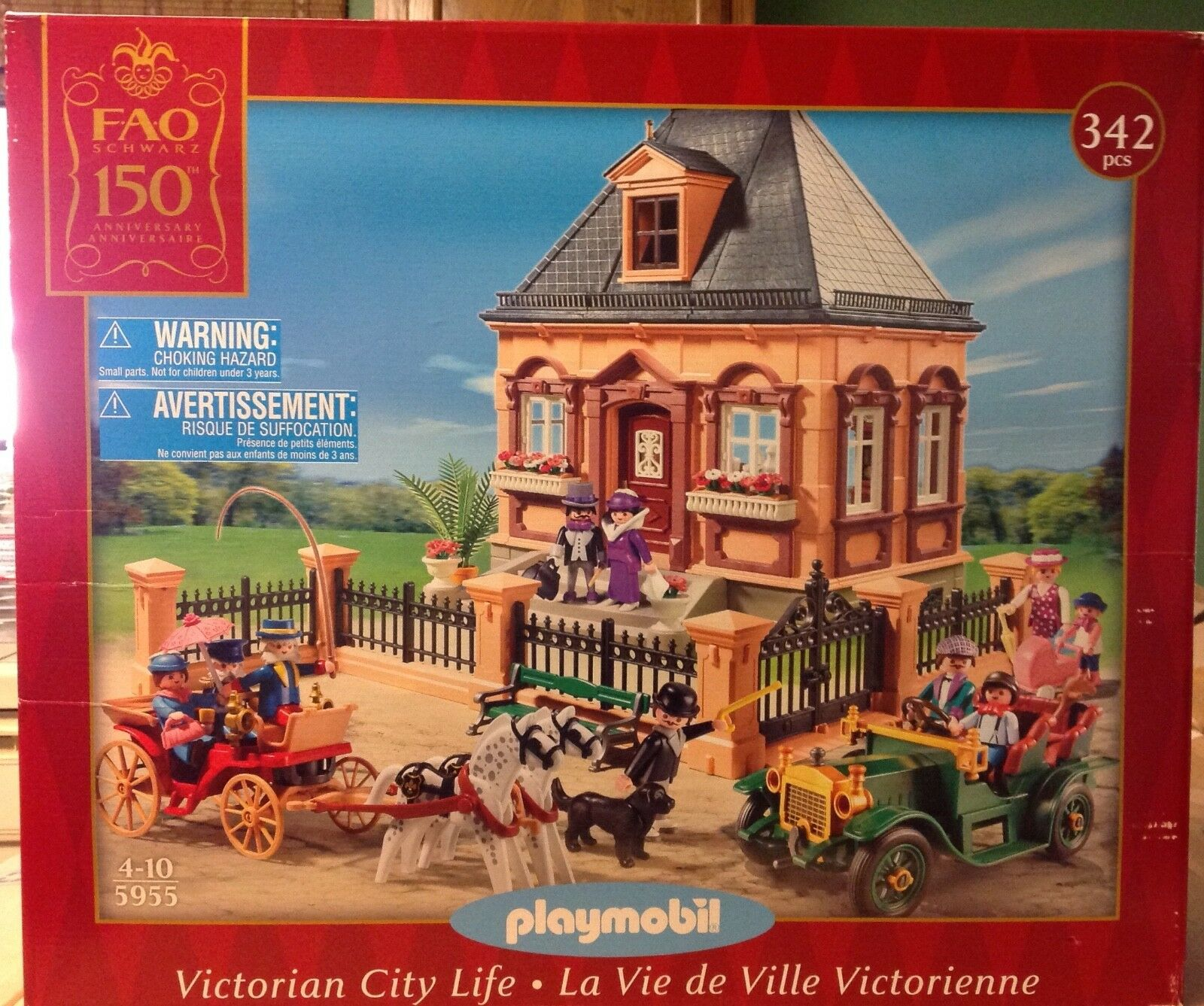 Playmobil 5955 Victorian House   FAO City Life Set - NEW