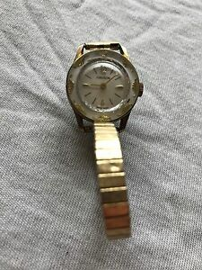 20ef6942c25 Vintage Hanson Swiss Made 1 Jewel Ladies Gold   Silver Tone Band ...