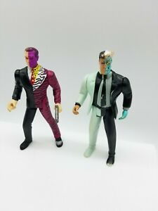"""Lot of 2 1995 & 1993  KENNER DC COMICS TWO FACE ACTION FIGURE ANIMATED SERIES 4"""""""