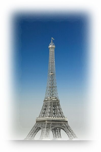 Eiffel Tower - Stainless Steel (1 1000) AeroBase E001 Model Building Kit