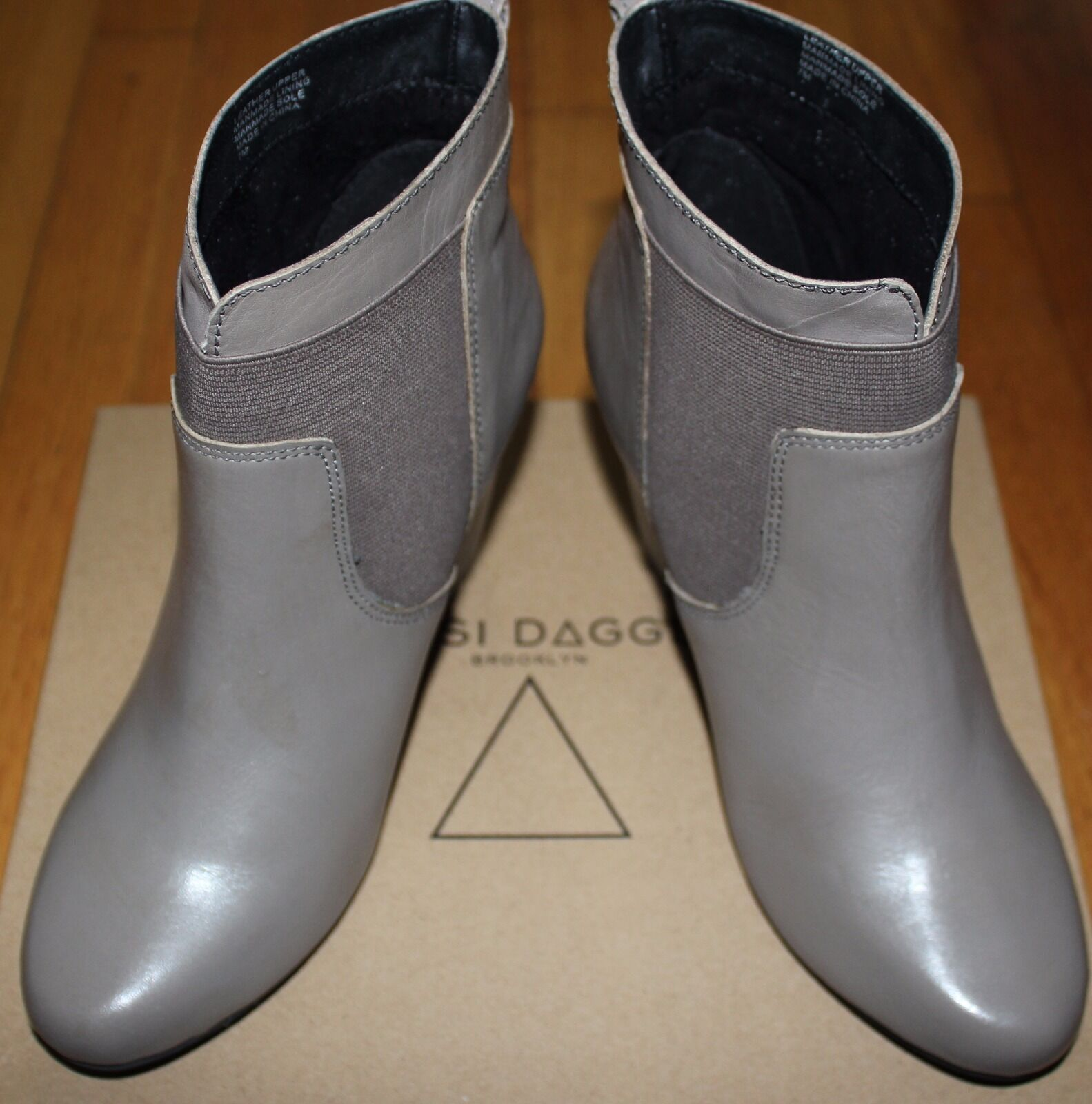150 KELSI DAGGER DESERT GREY MARIE BABY CALF ELASTIC LEATHER BOOT SZ 7M