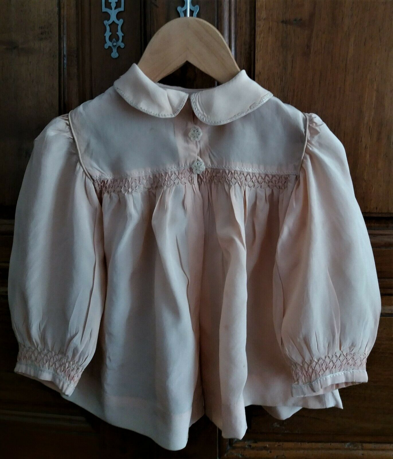 Adorable Blouse Child Silk Pink Smock And Embroidery